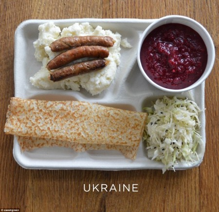 25C3DF0D00000578-2957301-A_serving_of_borscht_beetroot_soup_with_pickled_cabbage_sausages-a-11_1424244473812