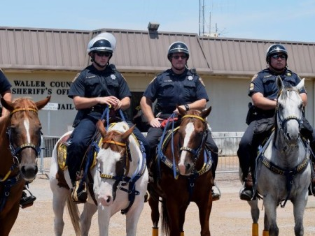 Harris-County-Mounted-Deputies
