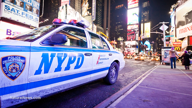 Editorial-Use-Police-Car-At-Times-Square